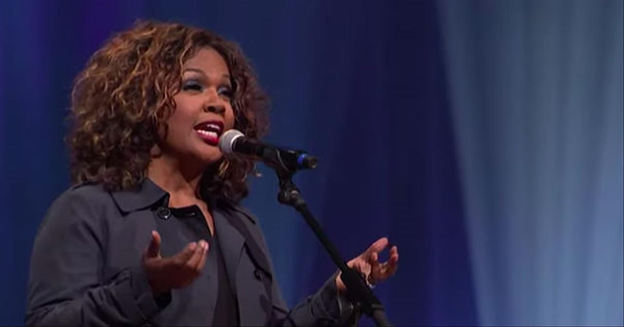 'Why Me Lord' CeCe Winans Performs At The Grand Ole Opry