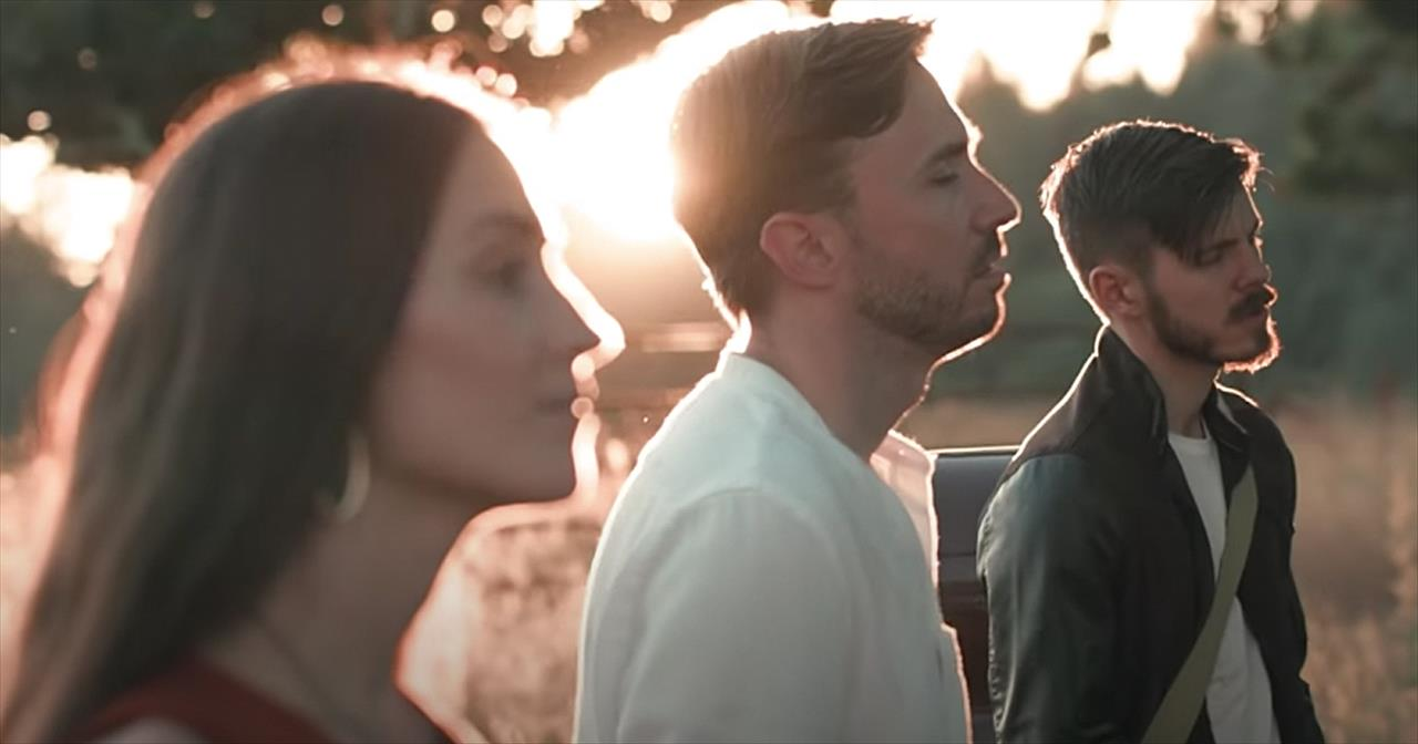 'I'll Stand By You' Cover From Peter Hollens And The Hound And The Fox