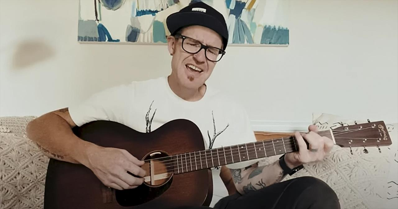 'Back To The Altar' Ryan Stevenson Acoustic Performance