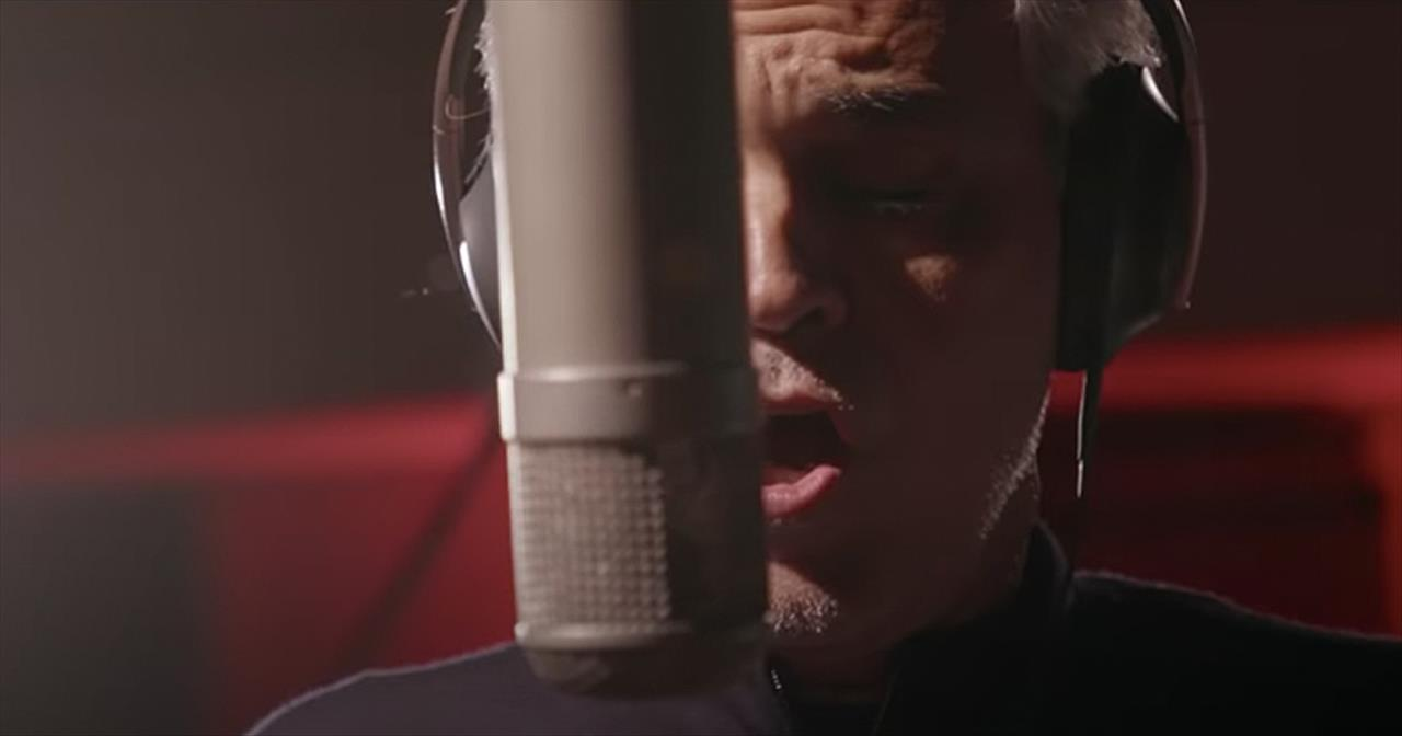 'You'll Never Walk Alone' Andrea Bocelli Inspires With Classic Song