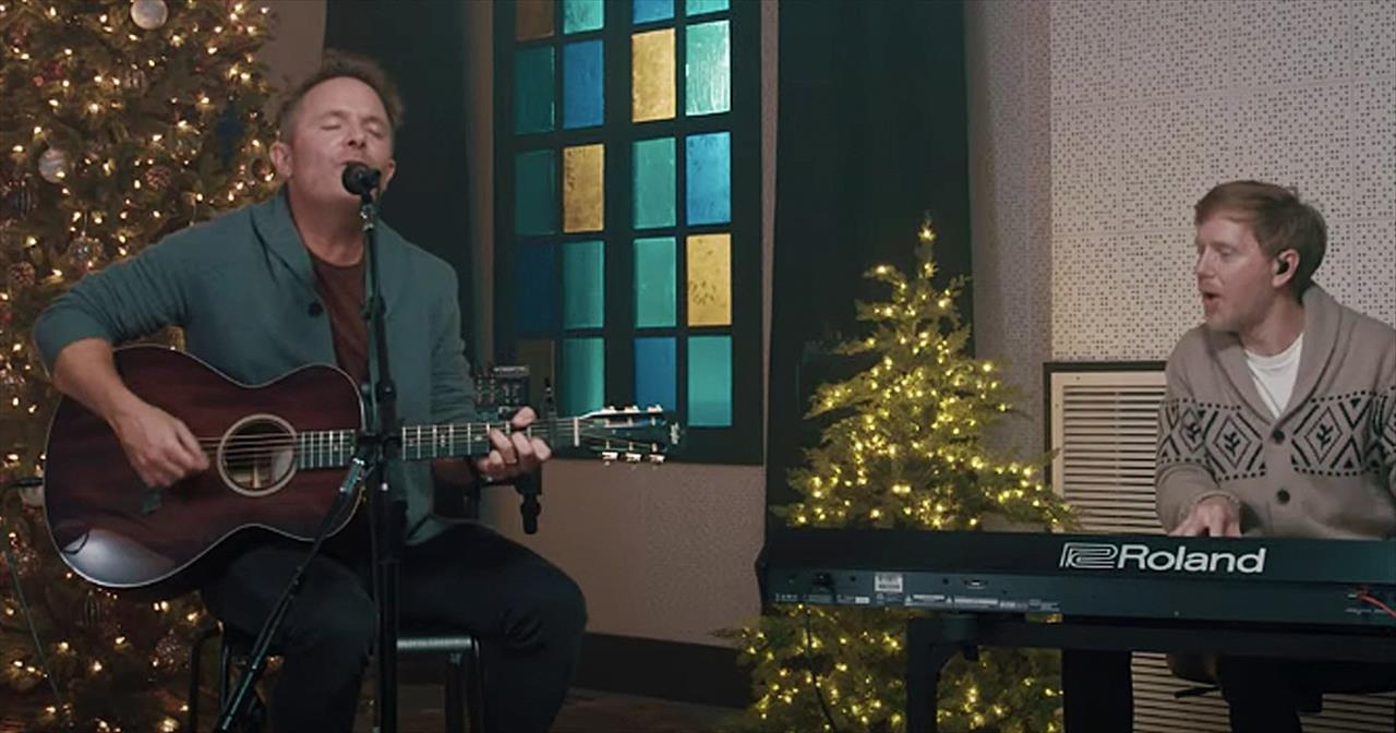 'Joy To The World (Unspeakable Joy)' Chris Tomlin Acoustic Performance