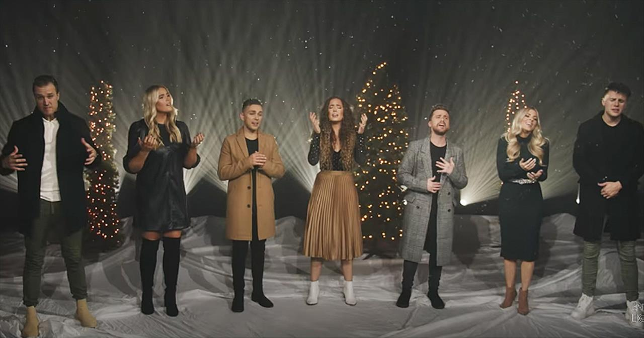 'Mary Did You Know?' Stunning Performance From 2 Christian Groups