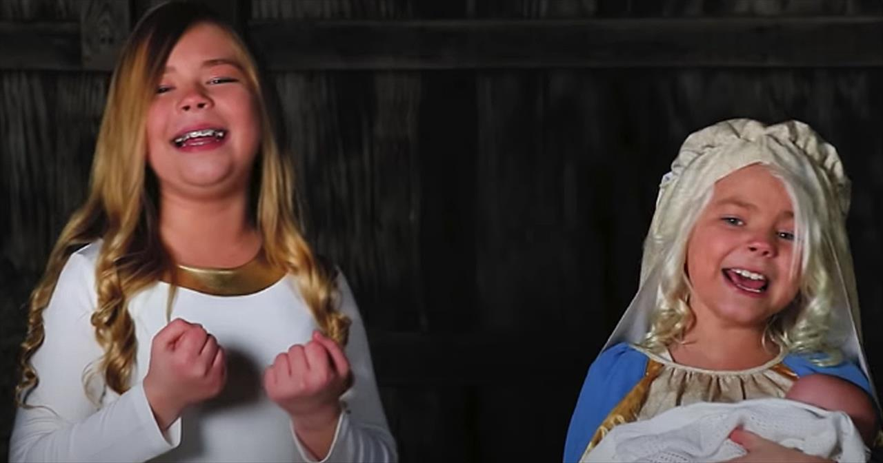 The 2 Detty Sisters Sing 'Mary Did You Know' Christmas Hymn