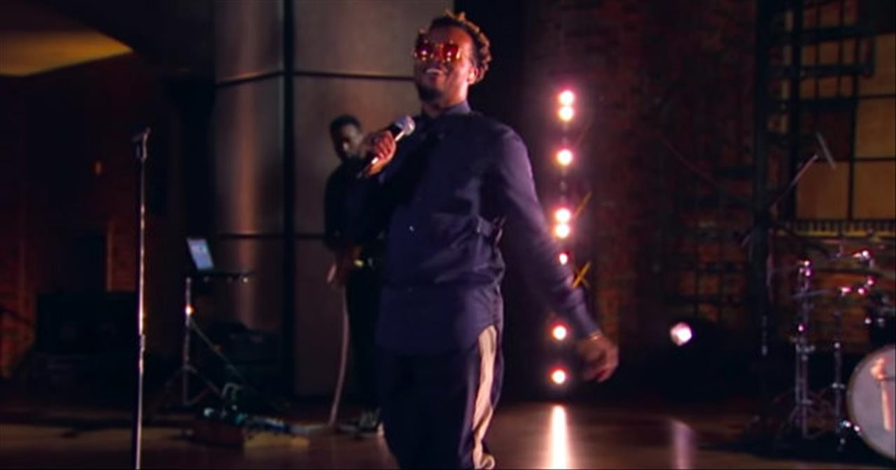 'Won't Let Go' Travis Greene Live Performance