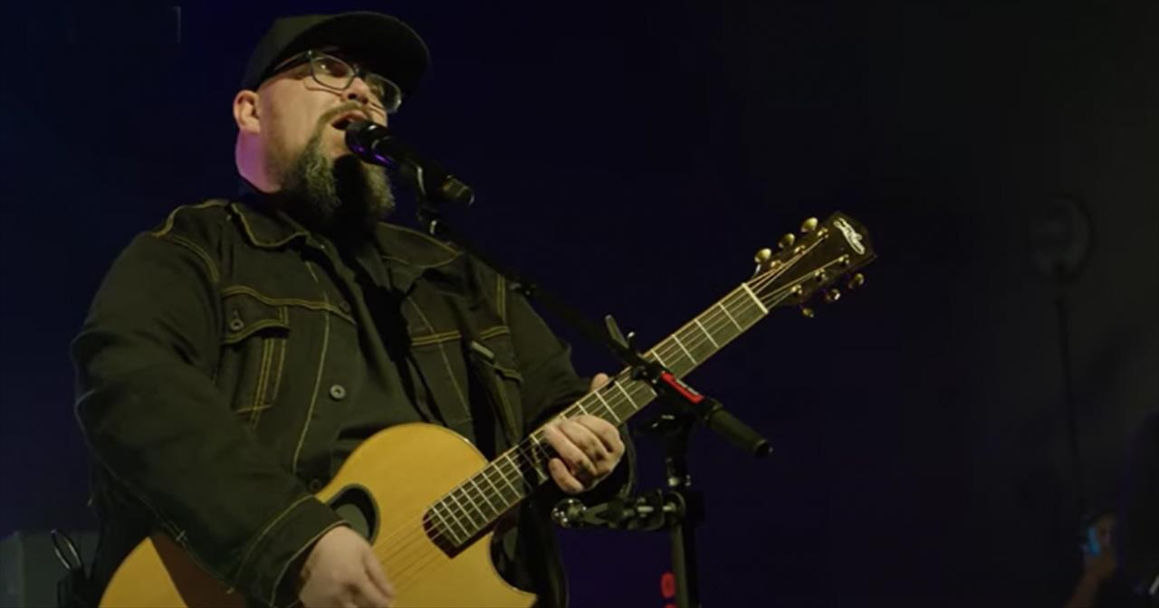 'Overwhelmed' Live Big Daddy Weave Performance