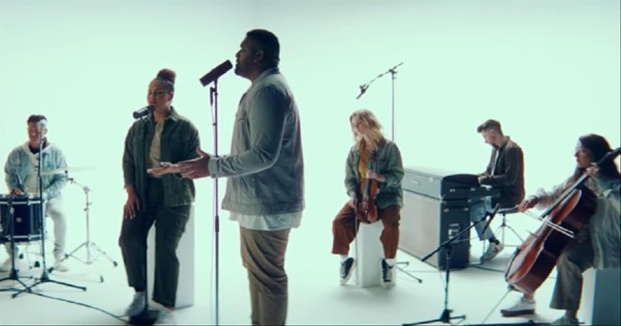 Lord Send Revival' Hillsong Young And Free Acoustic Performance