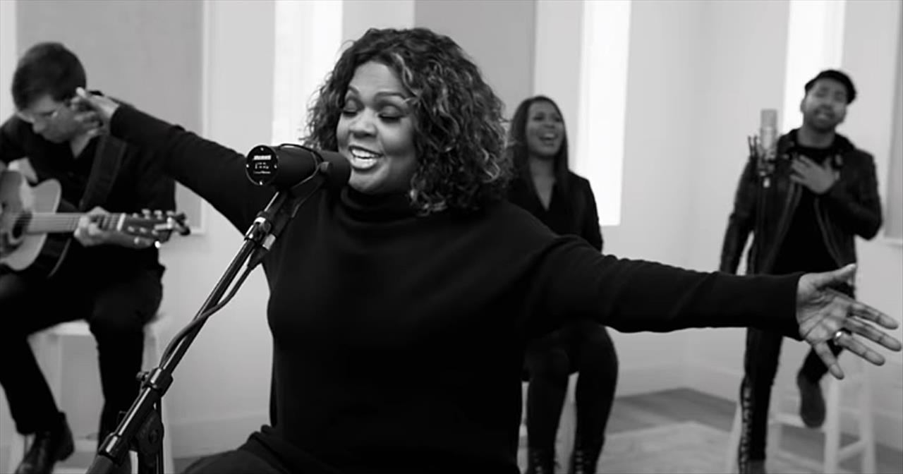 'Believe For It' CeCe Winans Acoustic Performance