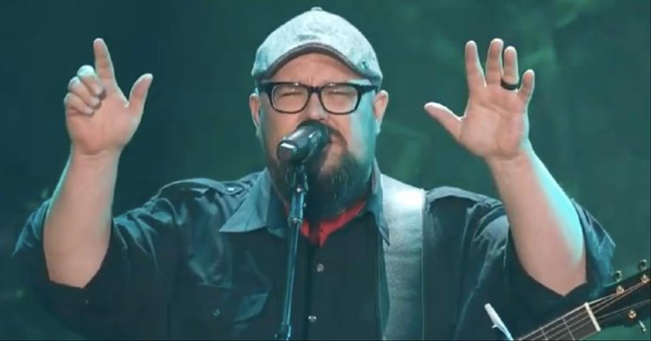 'Lion And The Lamb' Big Daddy Weave Live Performance