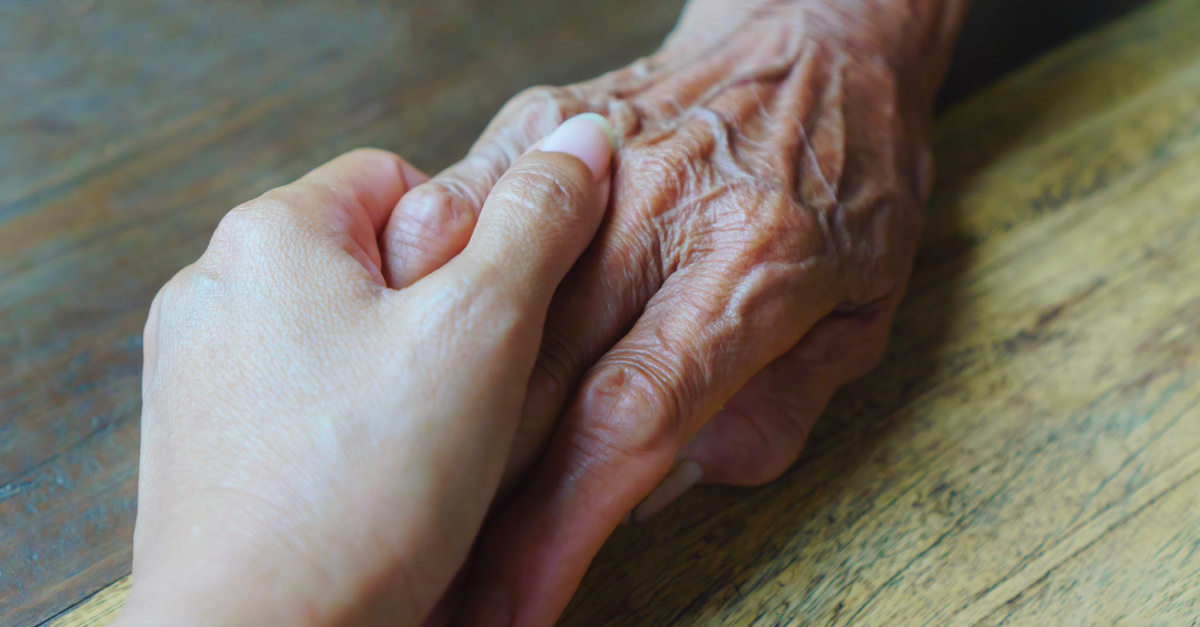 90-Year-Old Woman Survives COVID-19, Credits God for Her 'Miraculous' Recovery