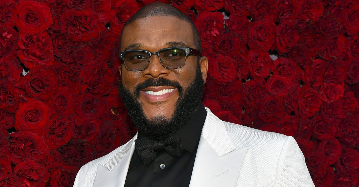 Actor, Filmmaker Tyler Perry Pays for Seniors' Groceries at 44 Food Stores 10286-tyler-perry-getty-images-paras-griffin-string