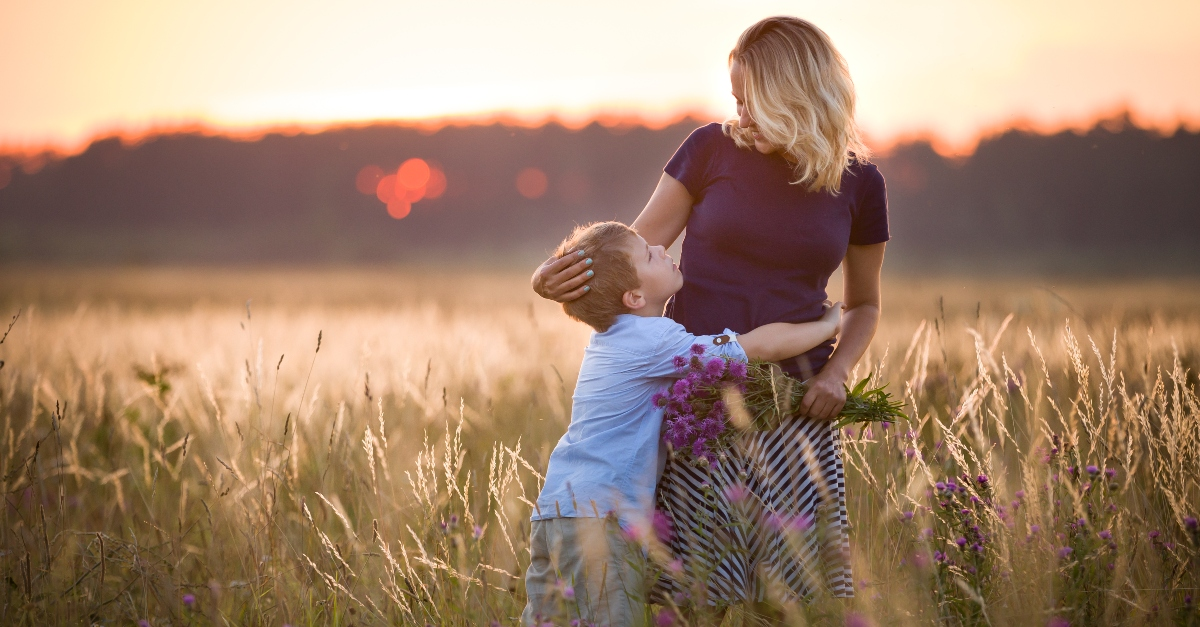 10 Ways to Make Your Mom Feel Truly Loved