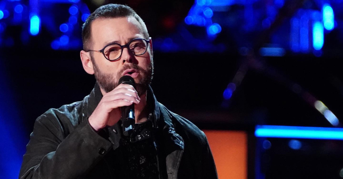 Mississippi Pastor Wins NBC's <em>The Voice</em> after Singing 'I Can Only Imagine'