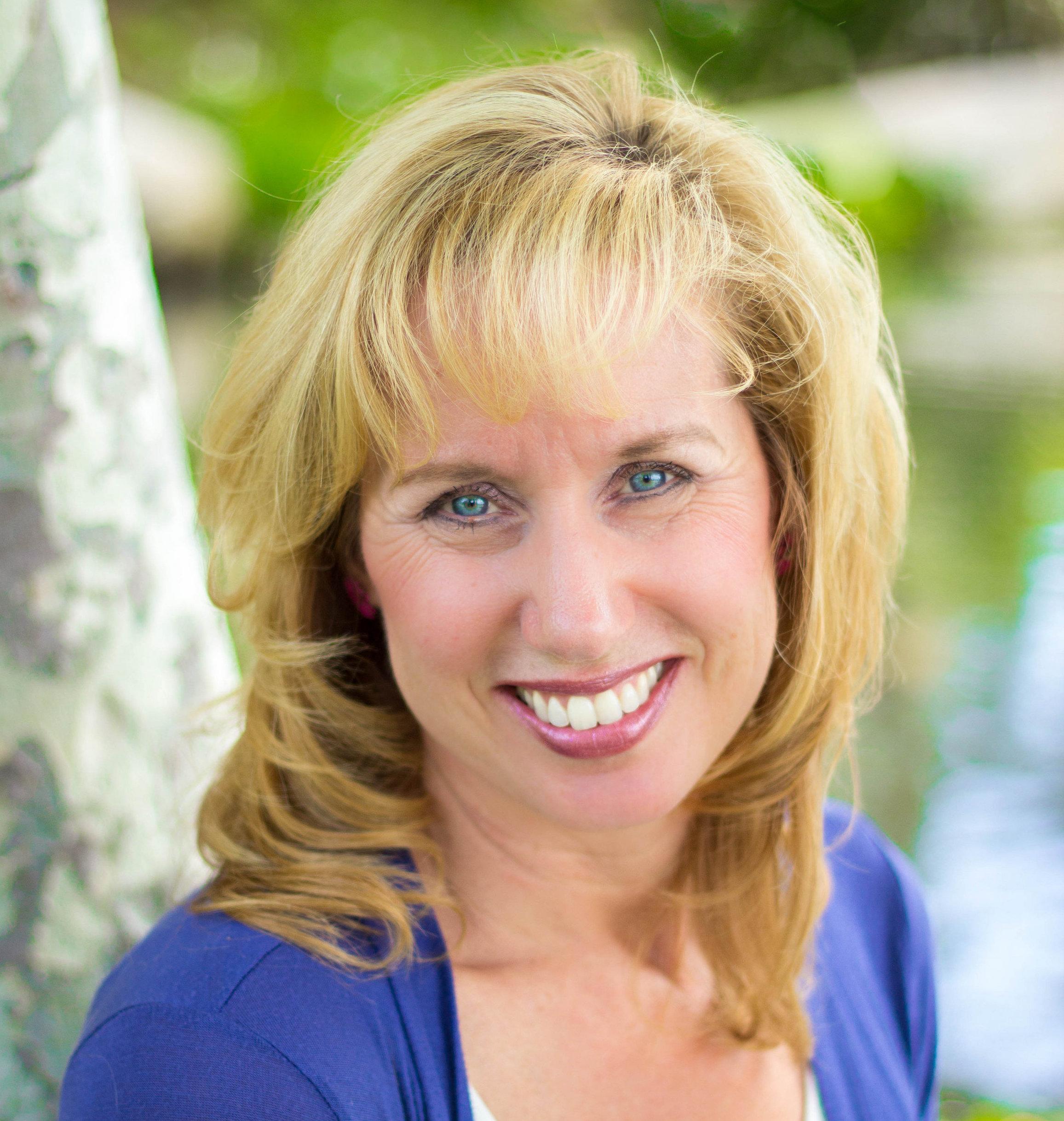 headshot of author Cindi McMenamin