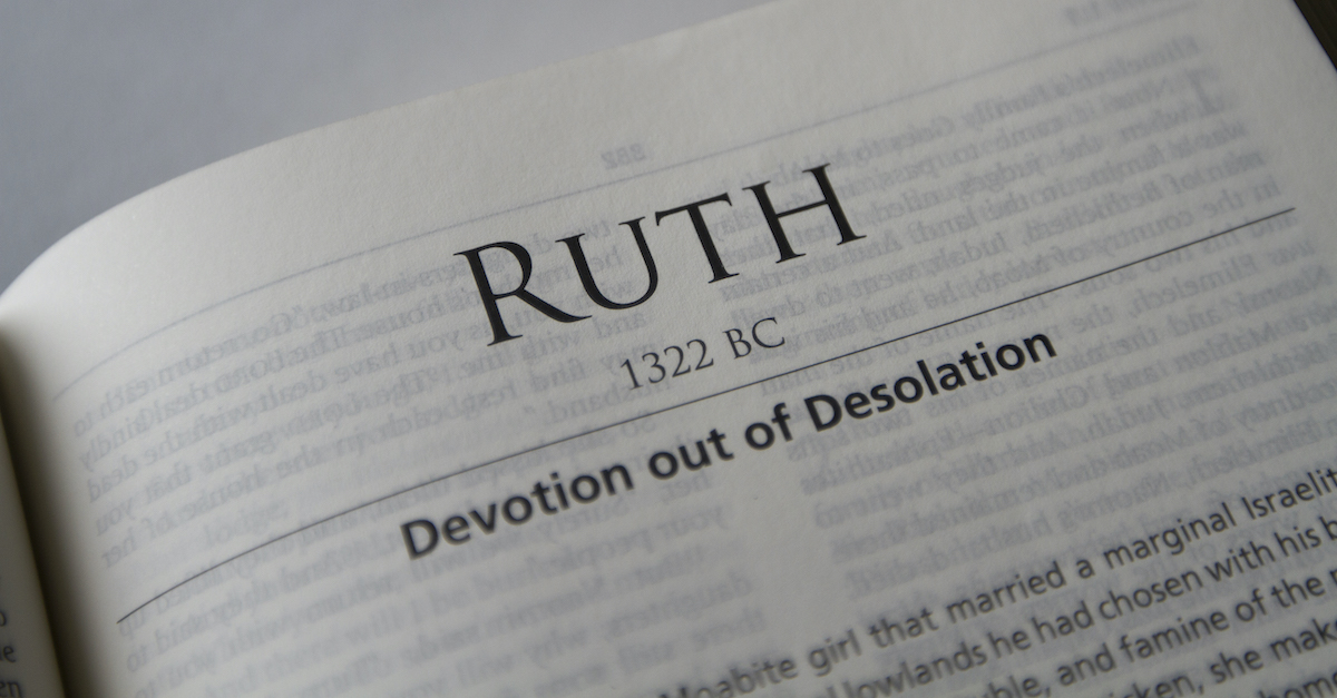 open Bible to book of Ruth, Ruth summary