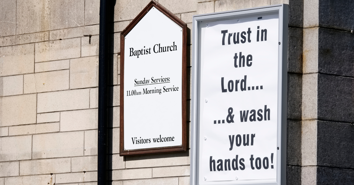 sign on church door to wash hands coronavirus