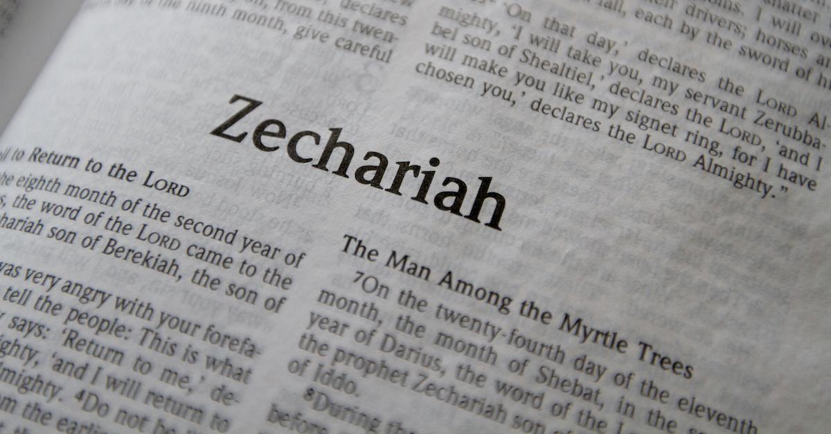 Bible open to the Book of Zechariah, Zechariah summary