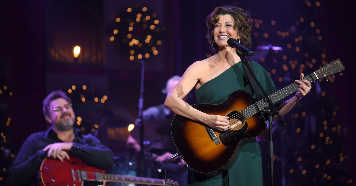 Amy Grant, Grant undergoes open-heart surgery