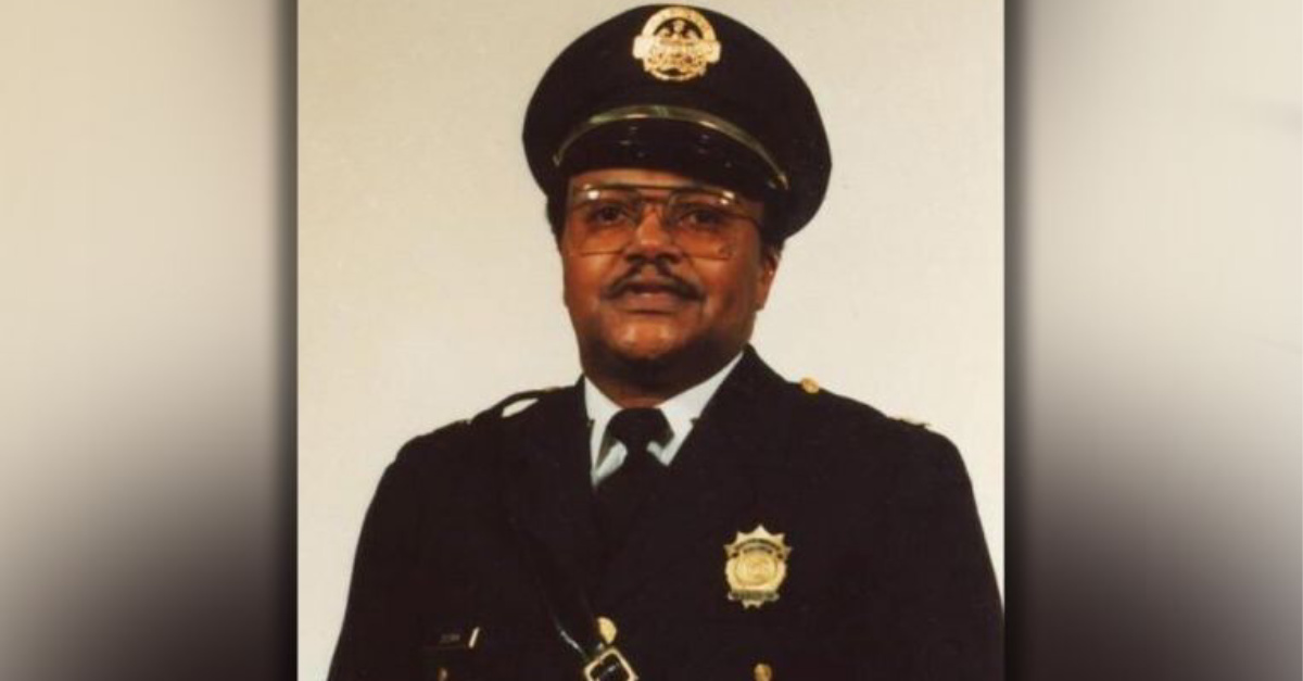 David Dorn, Retired police officer is killed by looters while protecting his friend's store