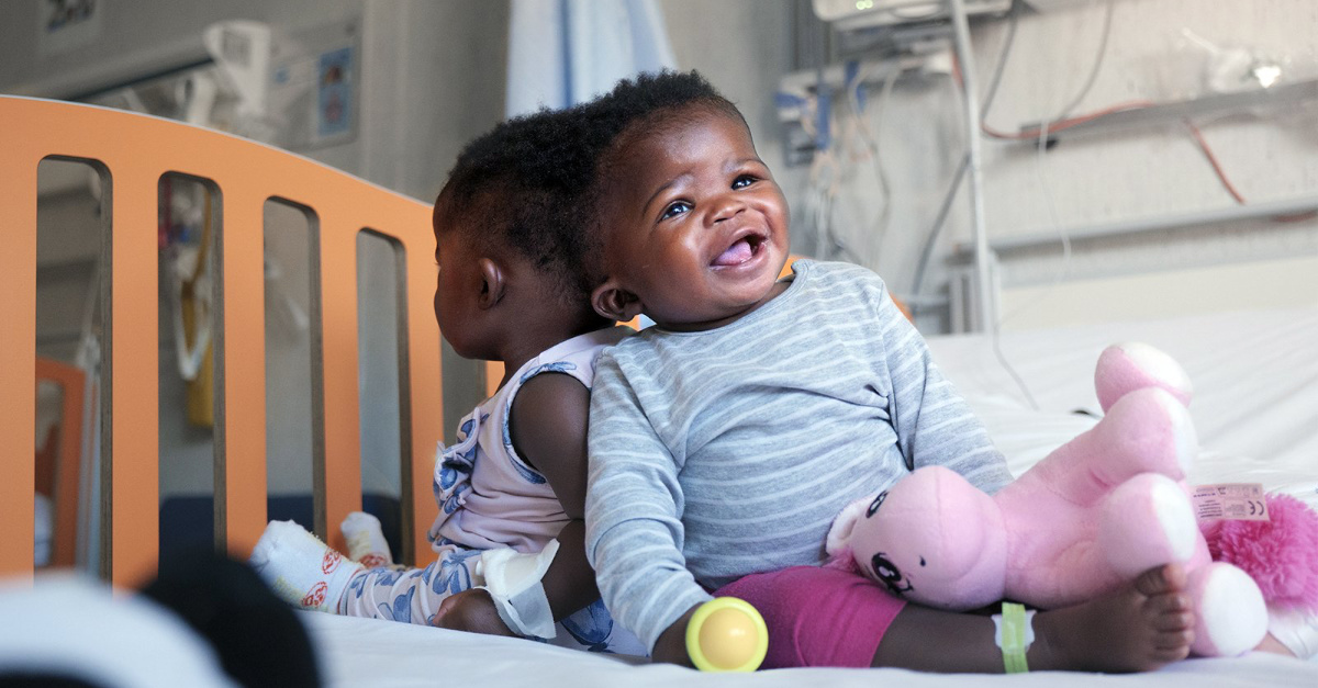 Conjoined Twins, Conjoined twins are successfully separated in Vatican hospital