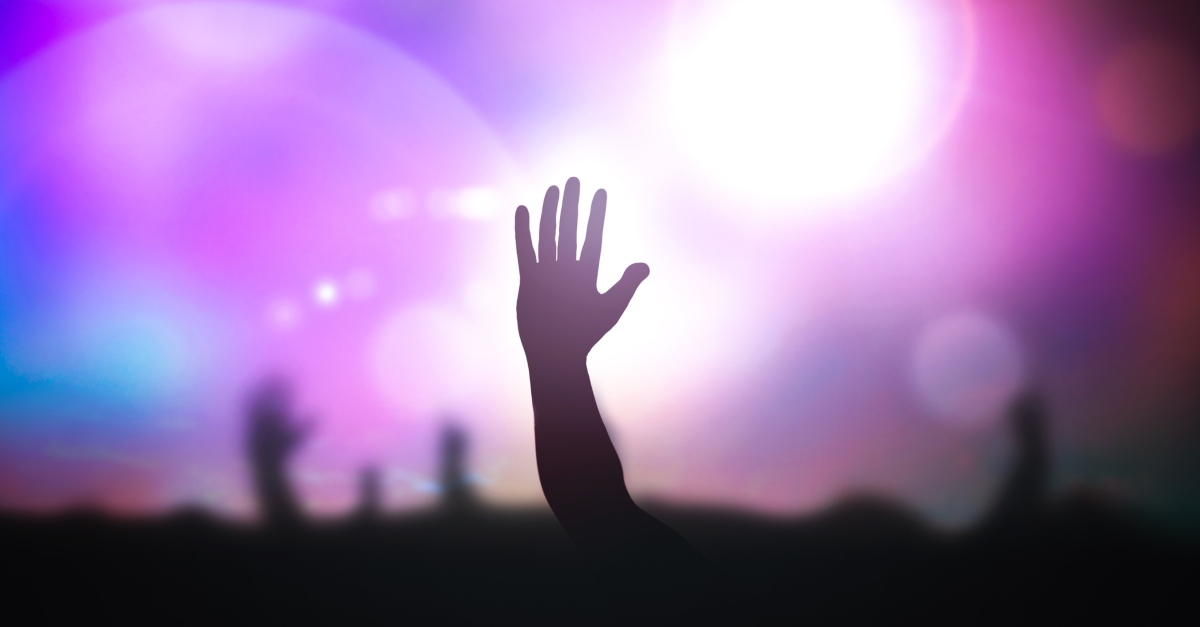 Over 2,100 People Surrender to Christ at Concert Tour with Evangelist Nick Hall, Musicians Chris Tomlin, Kari Jobe, Bethel Music