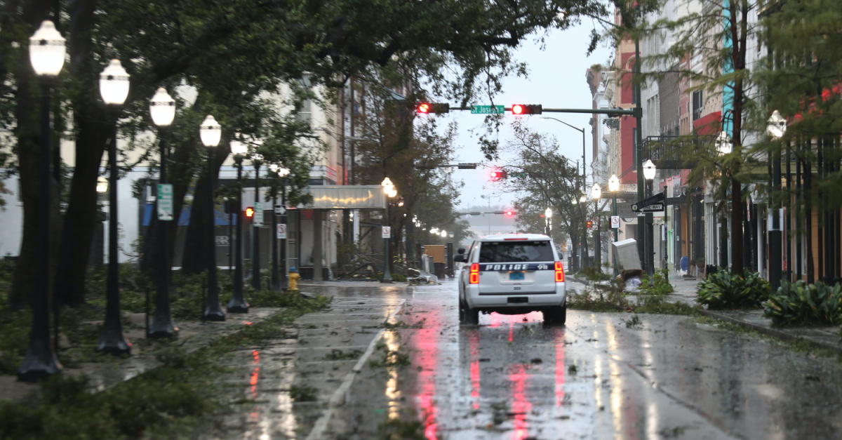Hurricane Sally, Hurricane Sally leaves hundreds of thousands without power