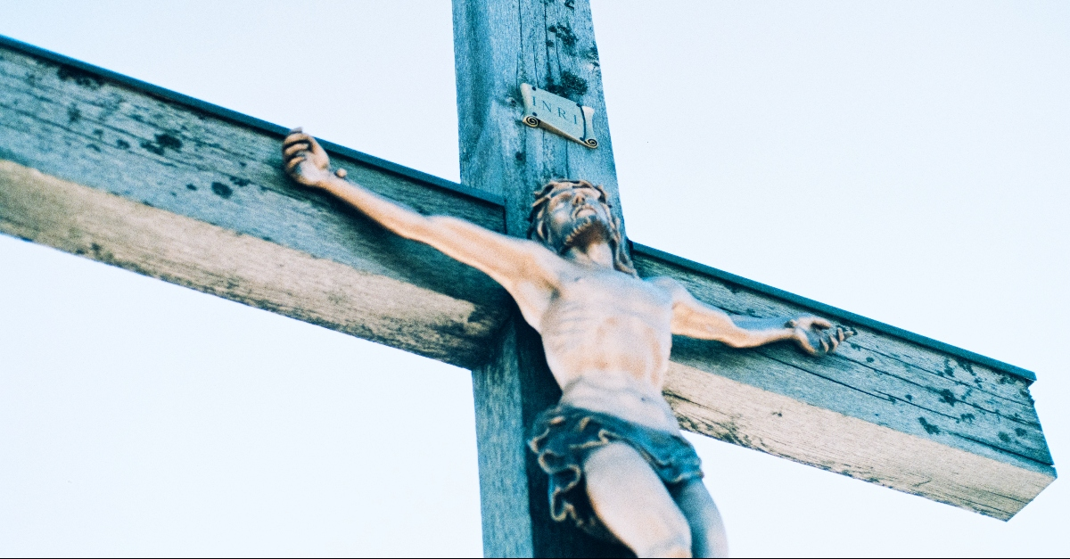 How Should Christians View Statues of Jesus?