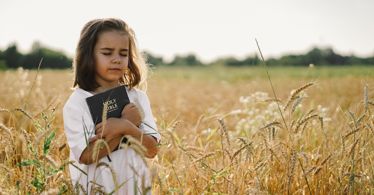 Christian Students Nationwide Encouraged to Share Their Faith during 'Bring Your Bible to School' Day