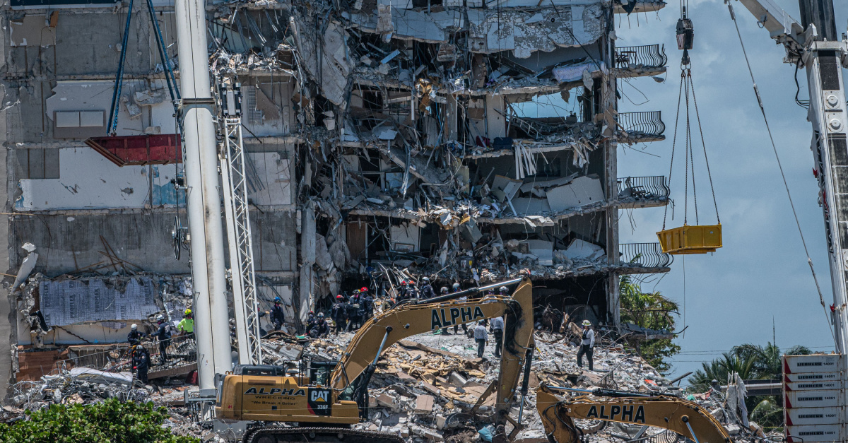 'God Is Our Refuge': Miami Churches Offer Relief, Prayers for Miracles following Condo Collapse