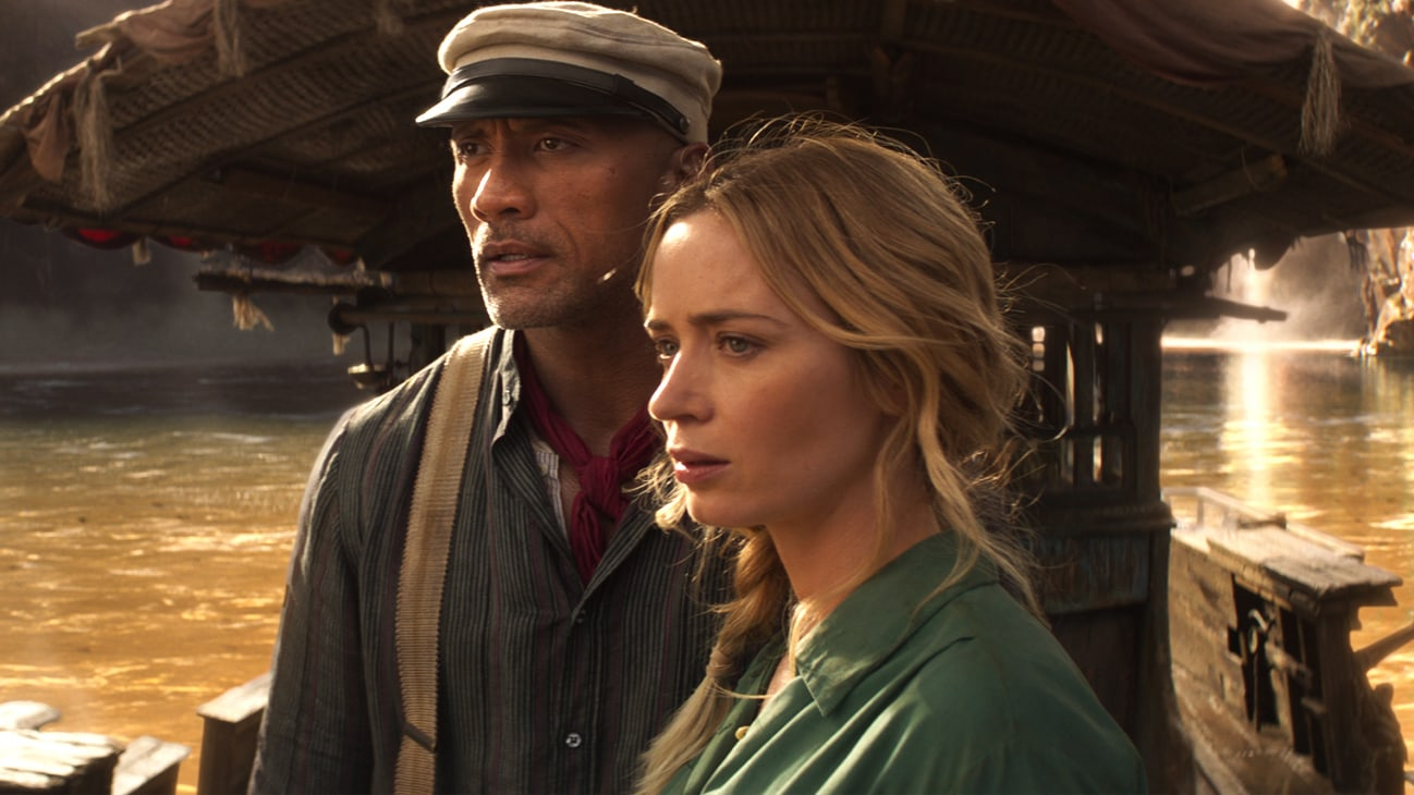 Emily Blunt and Dwayne Johnson on boat