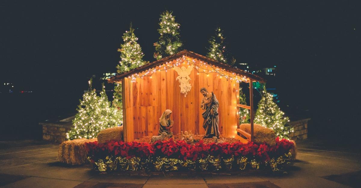 10 Christmas Carols That Celebrate the Savior of the World