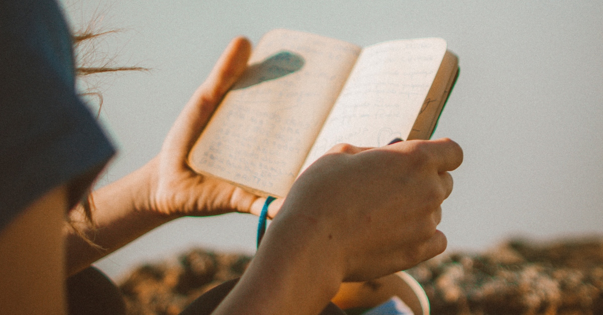 How to See God's Hand in Your Life through a Prayer Journal