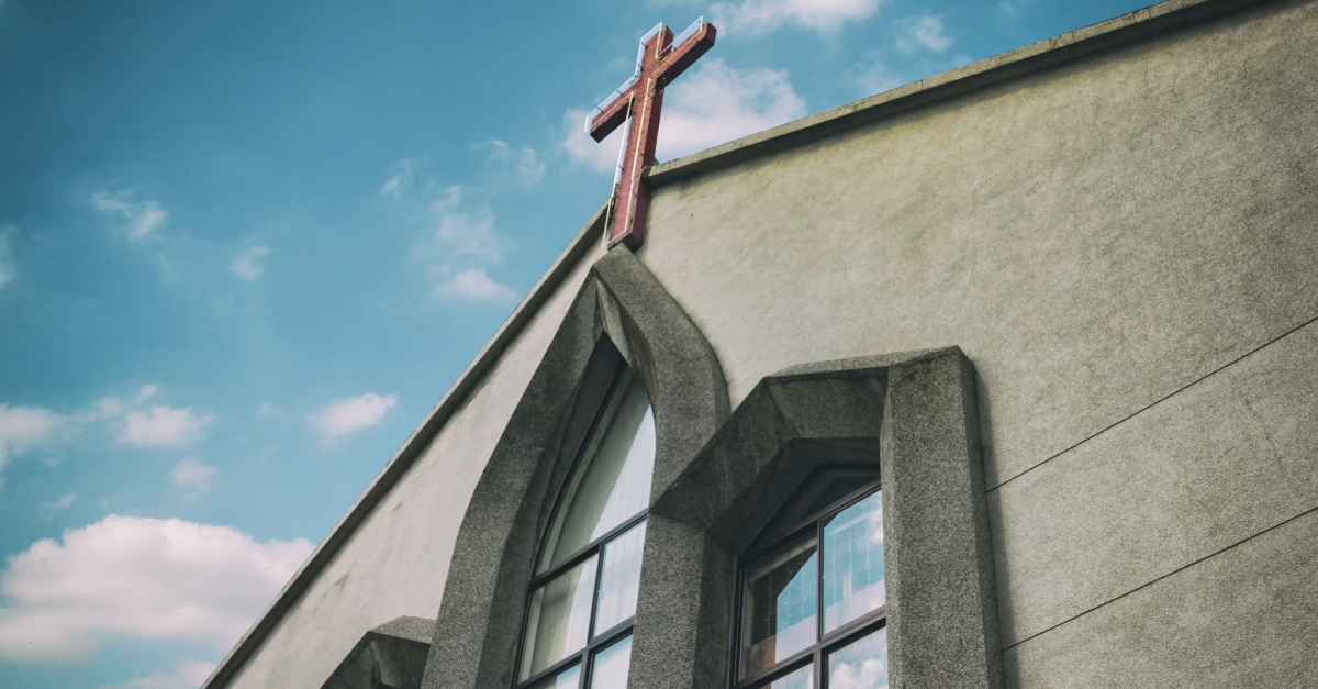 1 in 4 Pastors Believe the Economy Is Negatively Impacting Their Churches
