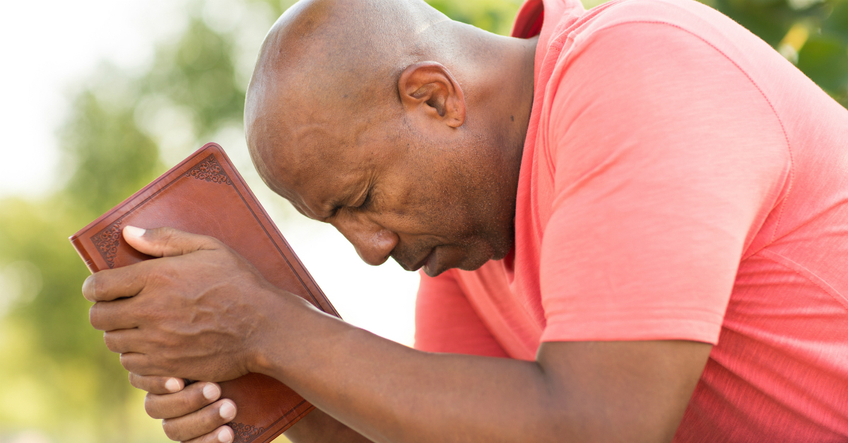 7 Prayers of Compassion to Strengthen Your Pastor