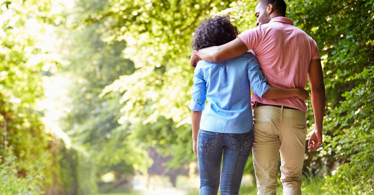 7 preguntas que revelan el corazón para conectarse más profundamente que nunca como pareja