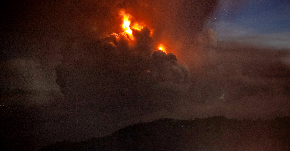 Volcano Erupts in the Philippines, Forces at Least 300,000 to Evacuate