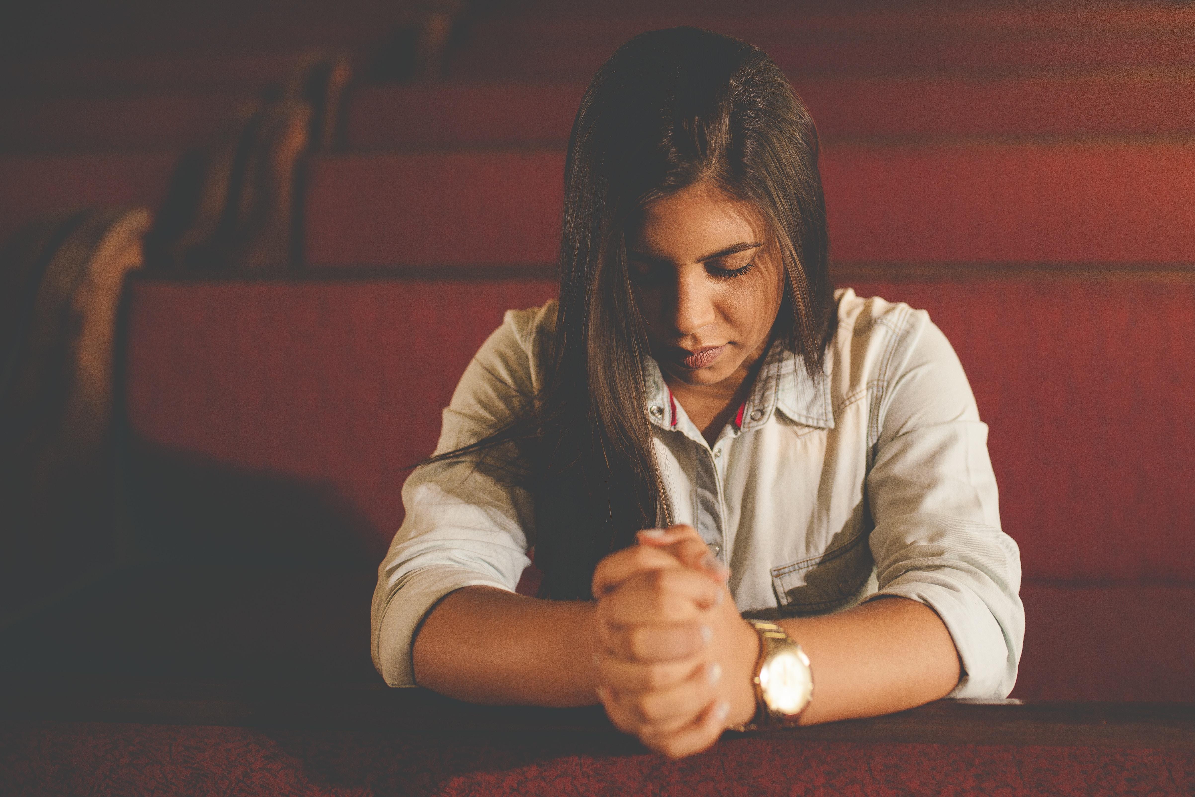 Oraciones: El Padre Nuestro, versículos bíblicos y significado
