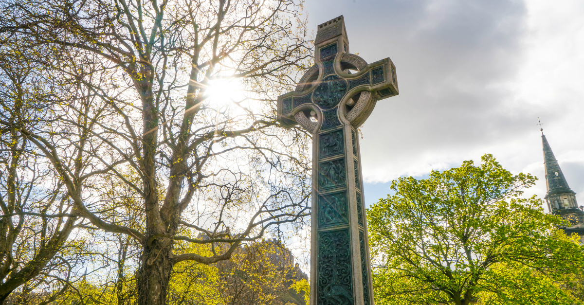 Celtic Cross Meaning: Its Origin and Symbolism