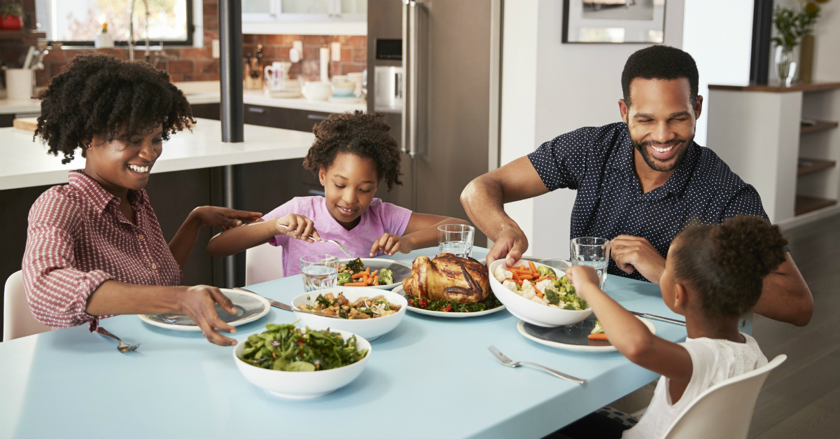 5 Reasons Why Eating Meals Together Is So Great for Your Family