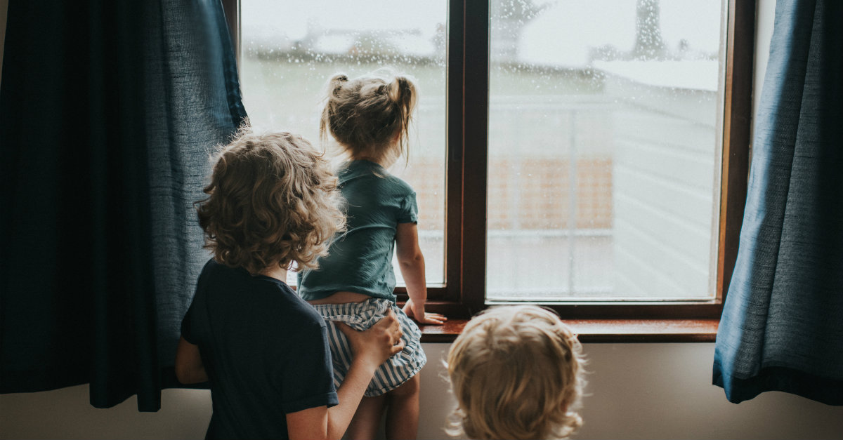 Rainy Day Activities for Families - 11 Great Ideas