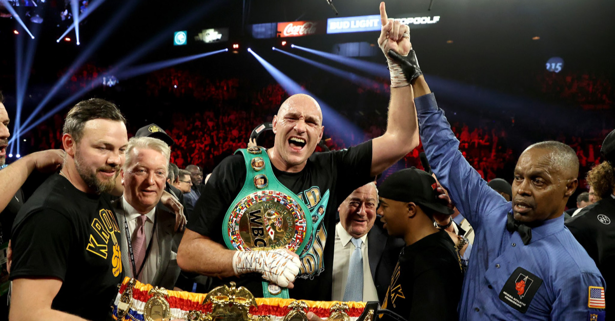 Heavyweight Champ Tyson Fury Thanks 'My Lord and Savior Jesus Christ' after Win