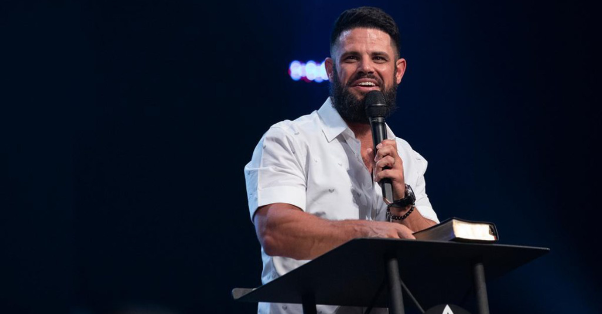 Megachurch Pastor Steven Furtick Accused of Denying the Traditional View of the Trinity in Sermon