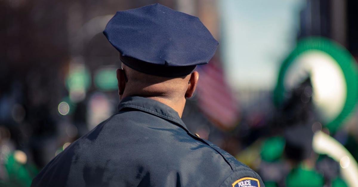 Video of Police Officer Singing Gospel Song Goes Viral