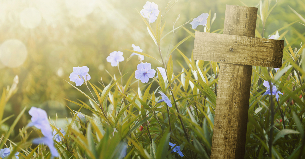 4 Ways to Teach the Easter Story to Your Kids