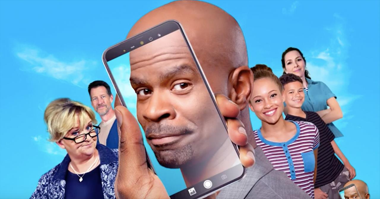 Watch the Trailer for Hilarious New Christian Film: Selfie Dad