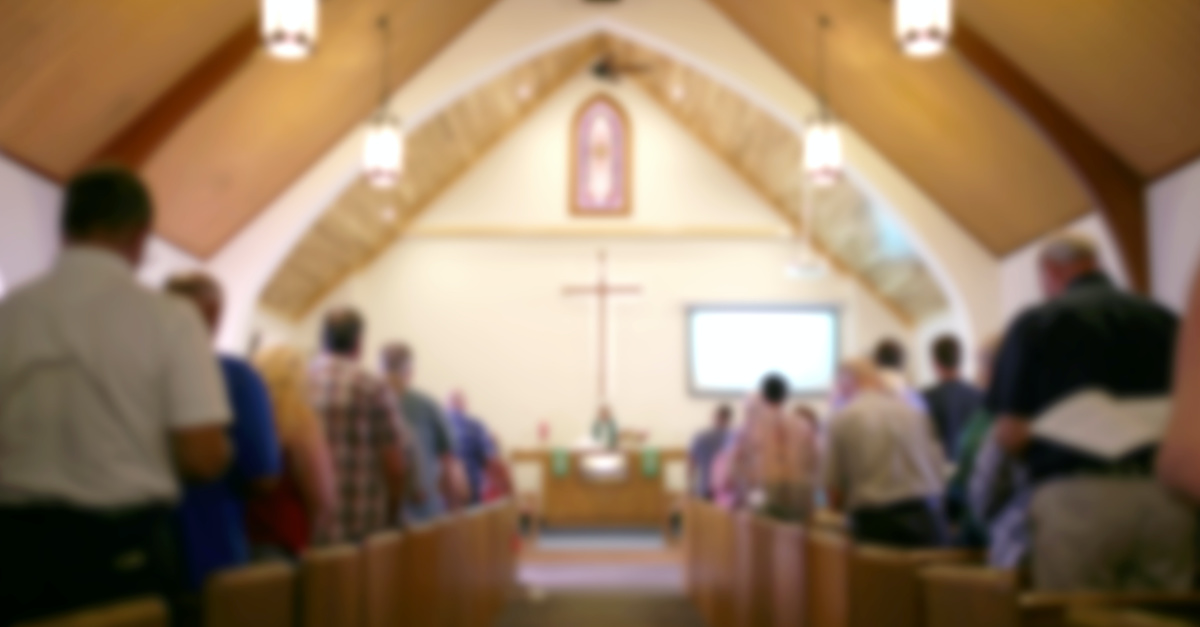 Louisiana Church Ignores Social Distancing Advice, Welcomes 1,800 People to Church